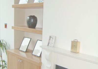 Living room - oak floating shelves - contemporary base cupboard