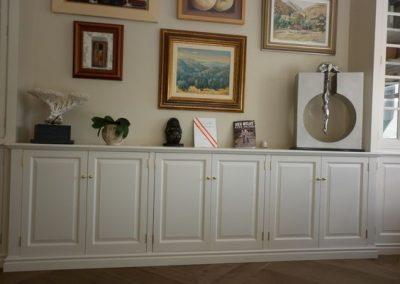 Living room - bespoke cabinets - motorised television lift