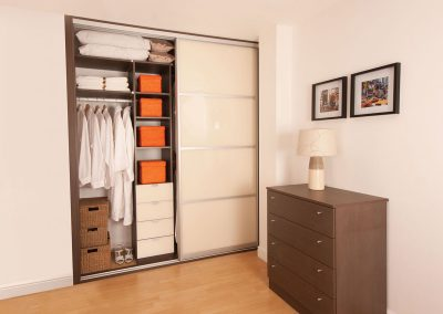 Wardrobe - contemporary sliding doors - soft white glass - matching interior drawer fronts